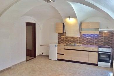 MORAVSKÉ BUDĚJOVICE - Pronájem bytu 1+1, 42m², Ev.č.: 01185