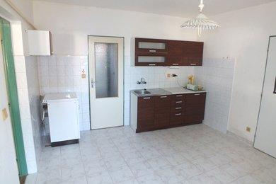 BOŽICE - Pronájem bytu 1+ 1, 40 m², Ev.č.: 01228