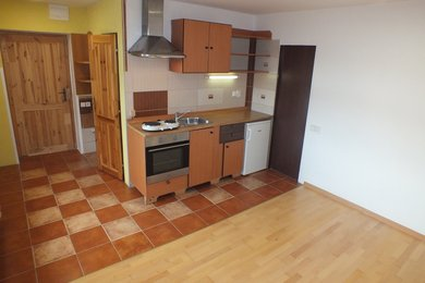ZNOJMO - Pronájem bytu 1+kk, 28m², Ev.č.: 01328