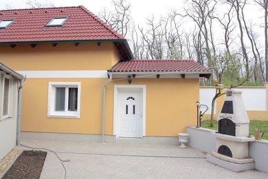 BOŽICE - pronájem rodinného domu, 88m² , zahrada 100m2, Ev.č.: 01342
