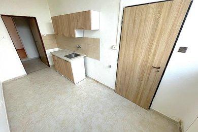 ZNOJMO - Pronájem velkého bytu 2+1, 50m², Ev.č.: 01514