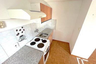 NOVÝ ŠALDORF - SEDLEŠOVICE - pronájem bytu 1+1, 29 m², Ev.č.: 01536