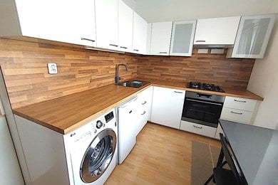 TŘEBÍČ - pronájem bytu 2+1, 53m², Ev.č.: 01583