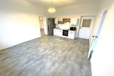 ZNOJMO - Pronájem  bytu  s lodžií 3+kk, 93m², Ev.č.: 01584
