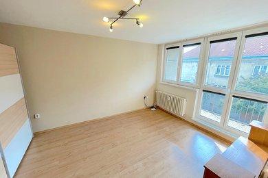 ZNOJMO - Pronájem bytu 1+1, 37m², Ev.č.: 01674