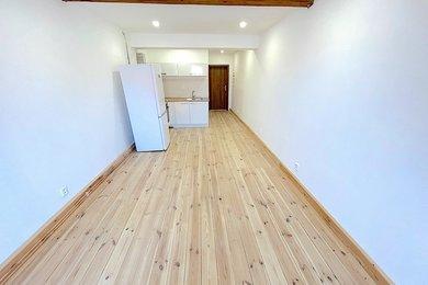 Náměšť nad Oslavou, pronájem bytu 1+kk, 28 m², Ev.č.: 01681