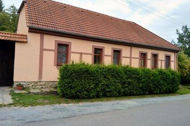 Pronájem rodinného domu 95 m2, pozemek 2 000 m2, Ev.č.: 01690