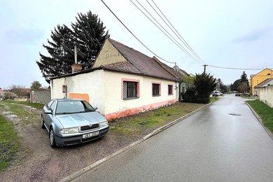 JAROSLAVICE - pronájem rodinného domu, 4 + 1, pozemek 500m², Ev.č.: 01709