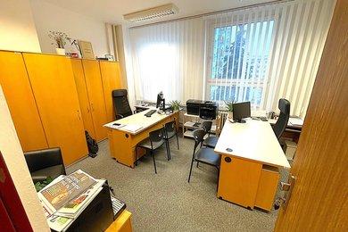 ZNOJMO - pronájem kanceláře, 21m², Ev.č.: 01710