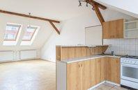 Pronájem, cihlový byt, 2+kk, 87m² - Znojmo, ul. Alšova