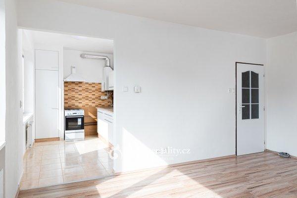 Pronájem, kompletně zrekonstruovaného bytu, 3+1, 81m² - ul. Dr. Milady Horákové, Znojmo