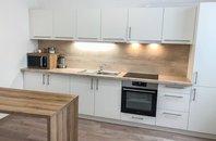 Pronájem, zrekonstruovaného cihlového bytu 2+1, 62 m² - Znojmo ul. Alšova