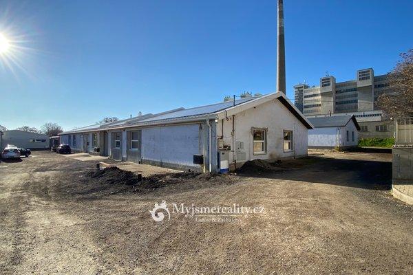 Pronájem zmodernizované zateplené výrobní a skladové haly, 126 m² - Znojmo, ul. I.P. Pavlova