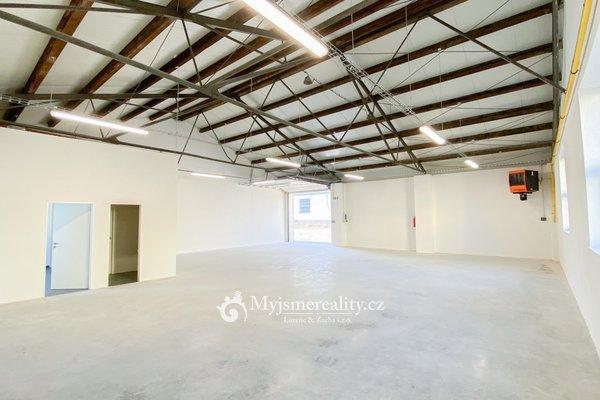 Pronájem zmodernizované zateplené výrobní, skladové haly, 200 m² - Znojmo, ul. I.P. Pavlova