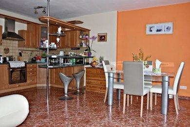 Prodej, Rodinné domy, 218m² - Záboří nad Labem, Ev.č.: 01929