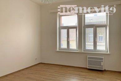 Pronájem, Byty 1+1, 35m² - Hradec Králové - Kukleny, Ev.č.: 02156