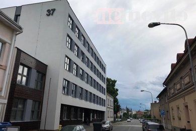 Pronájem, Kanceláře, 2000m² - Hradec Králové - Pražské Předměstí, Ev.č.: 02172