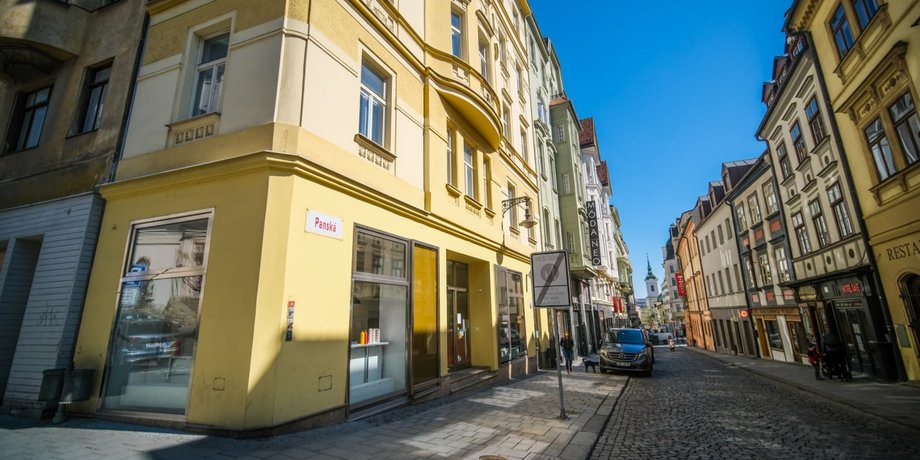 Pronájem prémiových obchodních prostor o ploše 125 m² v centru Brna na ulici Panská