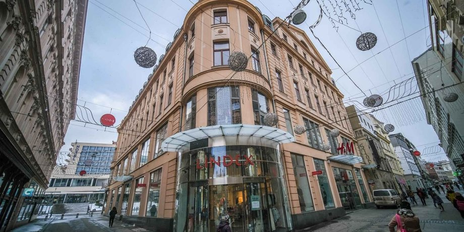 Office space for rent with an area of 163 m² on Ceska Street