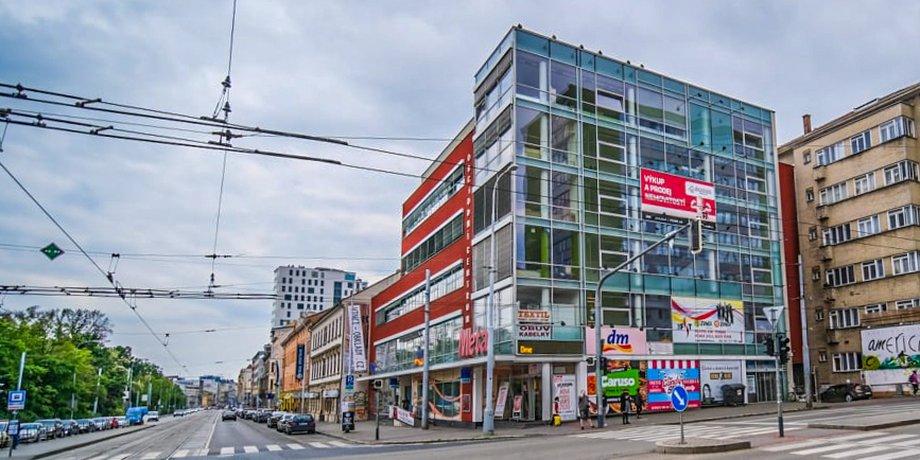 Pronájem kancelářských prostor o ploše 225 m² na ulici Lidická