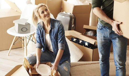 Mladí nemají na vlastní bydlení
