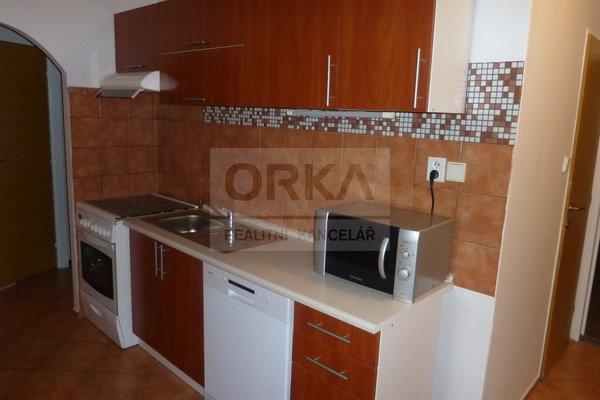 Pronájem bytu 2+1, 54m² - Olomouc, ul. Jeremiášova