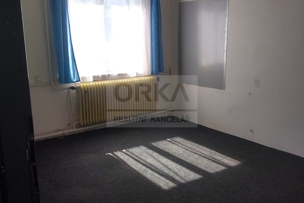 Pronájem, 2x kancelář, 2x 10 m2, Olomouc , Nedvězí