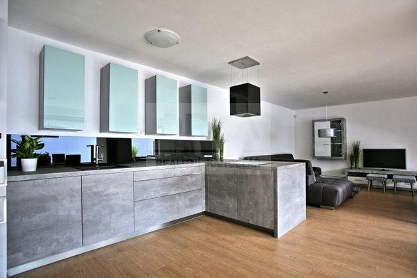 Pronájem, Rodinný dům, 535 m², Olomouc - Nedvězí, ulice Václava Buriana