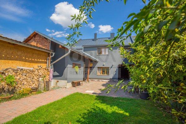 Prodej, Rodinný dům, 200 m² , pozemek 1830 m2,- Olomouc, část Chomoutov