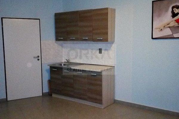 Pronájem bytu 1+kk v Olomouci na ulici Jarmily Glazarové