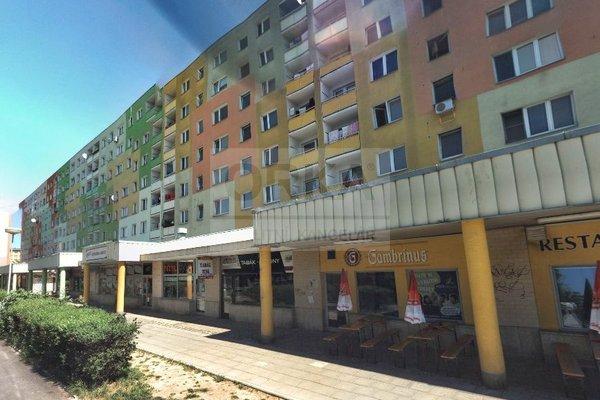 Pronájem, Obchodní prostory, 34m² - Olomouc, ul. Rožňavská