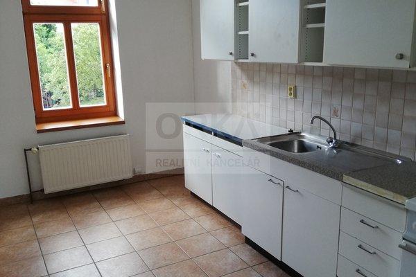 Pronájem cihlového bytu 2+1 v Olomouci na ulici Bořivojova