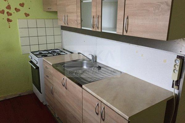 Prodej, Bytu 2+1, 56m² - Olomouc, ul. Karafiátová