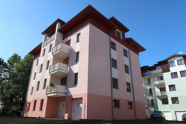 Nově zrekonstruovaný byt 2+1 se dvěma balkóny v klidné části města Mariánské Lázně