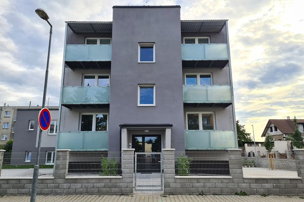 Novostavba bytu 2+kk o velikosti 43 m2 s balkonem 6,5 m2 a parkováním v oblíbené čtvrti v Plzni na Doubravce