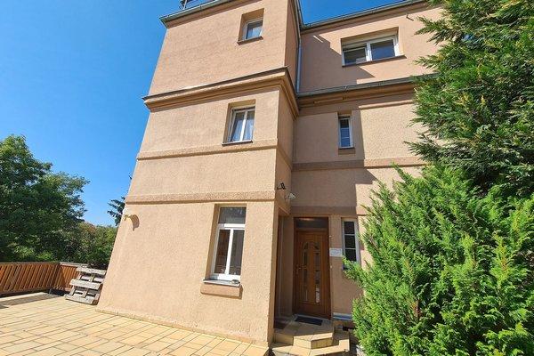Stylové nebytové prostory o velikosti 30 m2 ve vile na Slovanské třídě v Plzni