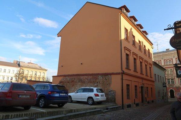 Reprezentativní kancelářské prostory o velikosti 37 m2 v historickém centru Plzně, Malá ulice
