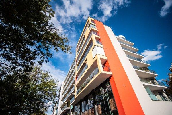 Pronájem - byt 2+kk s balkónem v centru města Plzně, Palác Ehrlich
