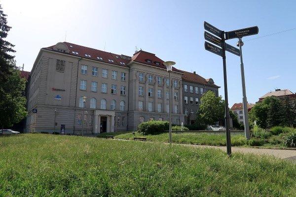 Reprezentativní kancelářské prostory o velikosti 215 m2 na Nám. T.G. Masaryka v centru Plzně.