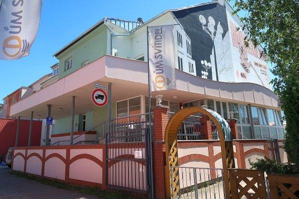 Nebytové prostory o velikosti 125 m2 vhodné profastfood nebo kavárnu v Plzni na Borech