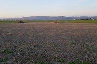 Prodej pozemku k výstavbě domu v obci Stádlo u Moravské Huzové, mezi Šternberkem a Štěpánovem