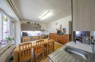 Prodej dvougeneračního rodinného domu se zajímavými pozemky v obci Příkazy u Olomouce