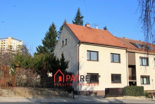 Prostorný RD 5+kk, garáž, dílna zahrada, k bydlení i podnikání, pozemek 722 m²