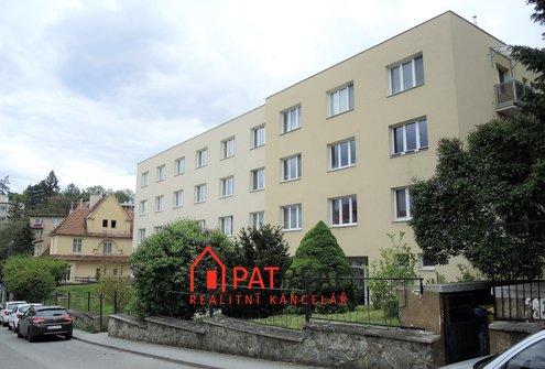 Prostorný cihlový byt na Kraví hoře 2+1 (3kk)