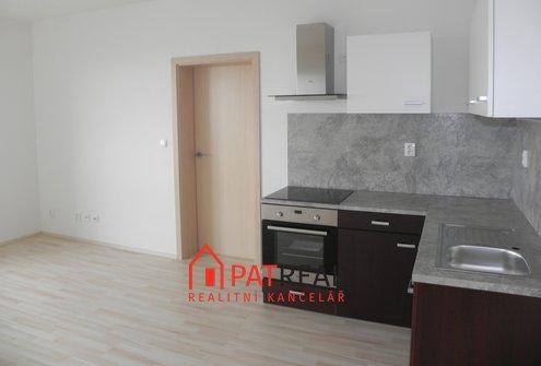 Pronájem slunného bytu 2+kk, 44m² - Brno - Líšeň