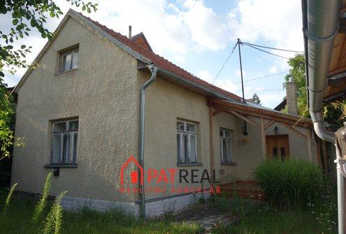 Rodinný dům v  Rozstání, pozemek 147 m²