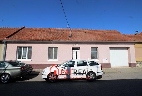RD 3+1 Soběšice, garáž, zahrádka, pozemek 250 m²