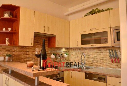 Nadstandardně zrekonstruovaný byt 2,5+1 s lodžií, 73m² - Brno - Královo Pole