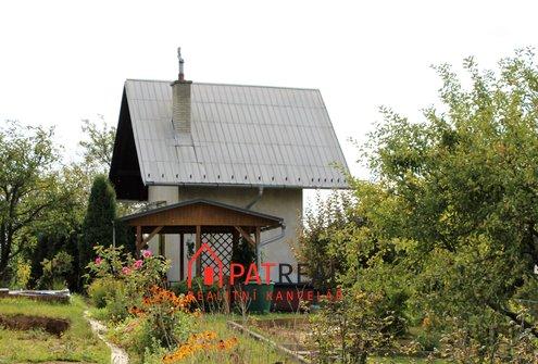 Prodej chaty na vlastním pozemku, elektřina, studna, pozemek 858 m²