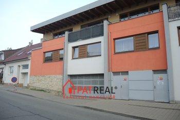 Prodej, Garážové stání, 11m² - Brno - Soběšice